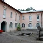 Вид внутреннего дворика гостиницы
